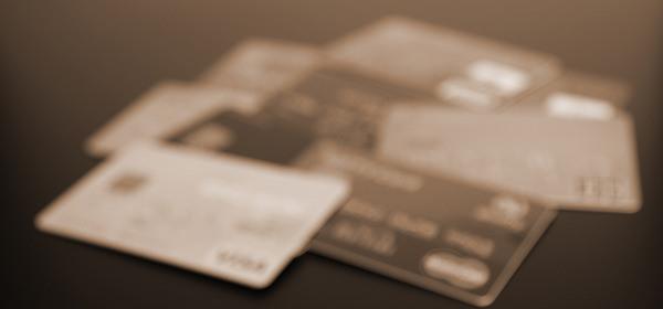 クレジットカード本人死亡後の解約手続き方法!支払残高は払うべき?