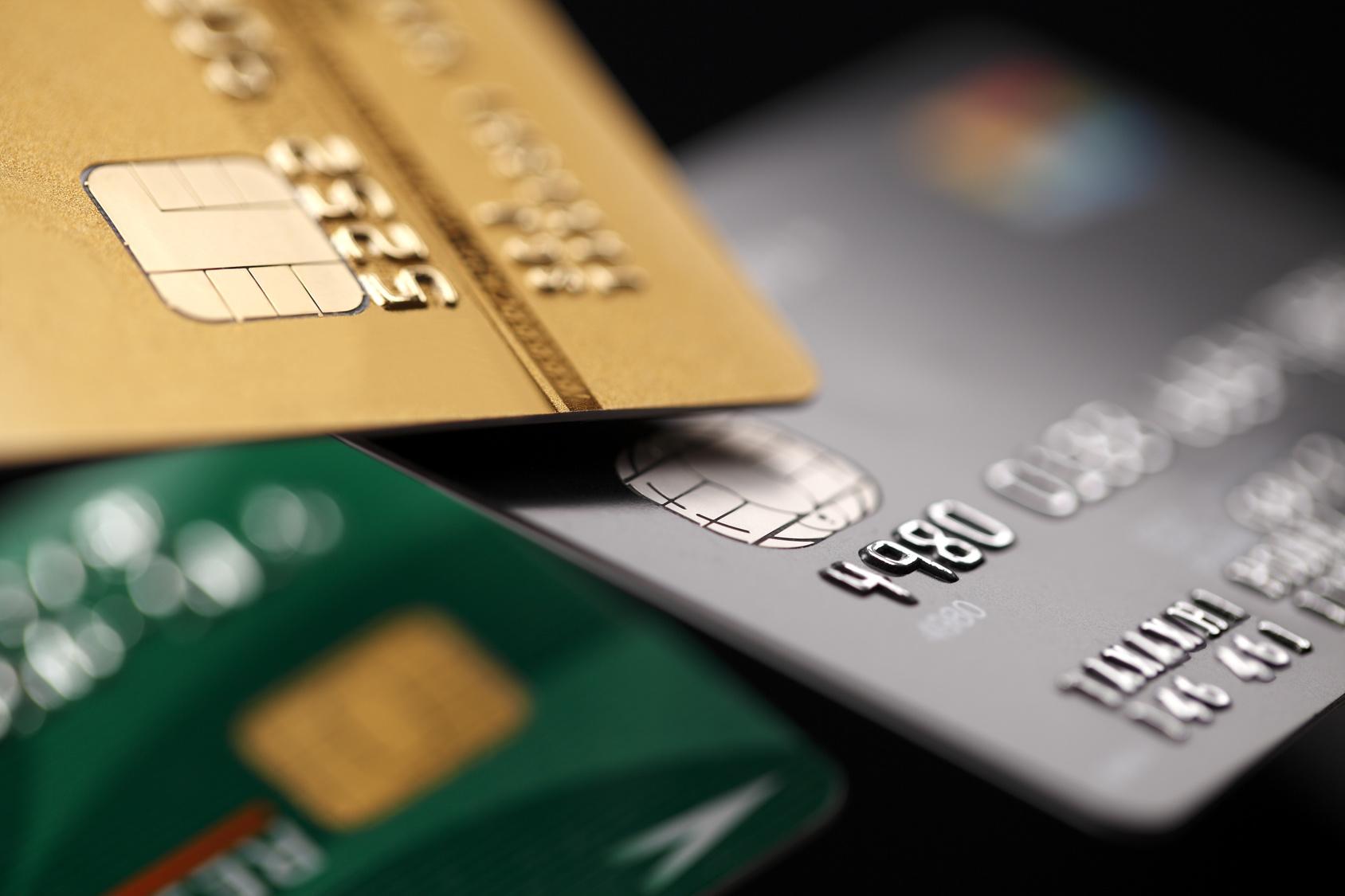 クレジットカード取材班がおすすめを厳選!ポイントを貯めて損のないショッピング